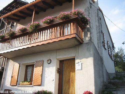Casa accostata a grimacco udine annunci casa elle for Piani di casa 700 piedi quadrati